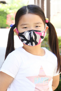 S7-8-3-ARFM7001K-RCM010-FU FUCHSIA CAMOUFLAGE REUSABLE FACE MASKS FOR KIDS/12PCS  **Not intended for kids 2 years old and below **