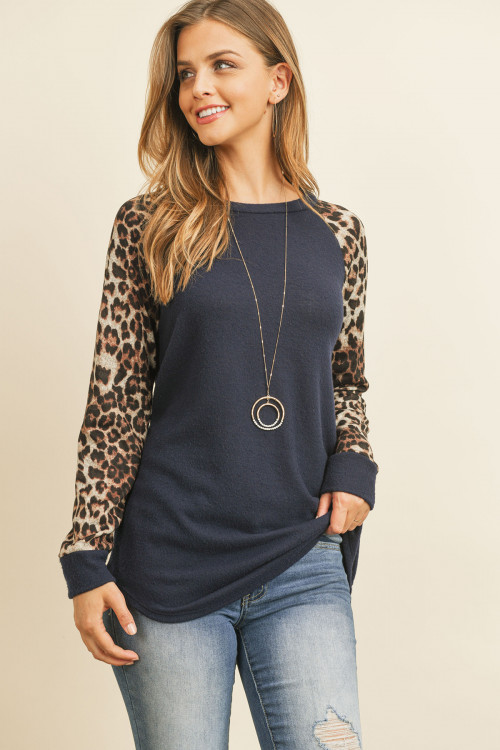 S10-20-4-RFT2011HC-RAP002C-MDNNV MIDNIGHT NAVY BROWN LONG SLEEVE LEOPARD RAGLAN HACCI TOP 1-2-2-2