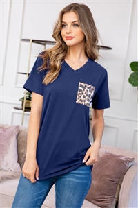 S8-9-2-RFT2056-RAP010C-NV-1 - LEOPARD POCKET V-NECK BOYFRIEND TOP- NAVY 2-1-0-3