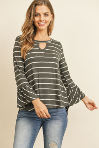 S10-15-3-RFT2183-RS-CHLIV CHARCOAL IVORY BELL SLEEVED KEYHOLE NECK DETAIL TOP 1-2-2-2