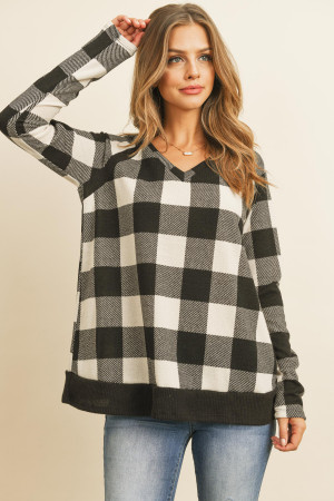 S12-7-3-RFT2216-RPL019-BKOFW - CHECKER PLAID V-NECK LONG SLEEVE TOP- BLACK/OFF-WHITE 1-2-2-2