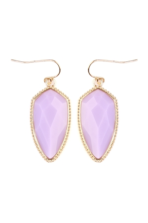 SA4-1-3-AVE2126GDLV LAVENDER GEM CUT SHIELD SHAPE ACRYLIC HOOK EARRING/6PAIRS