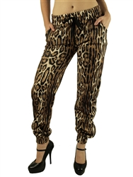1899N-FT-50-High-Waist Animal Print Fleece Jogger Pant w/ Stud Accents on Pockets/ Available in Junior or Plus