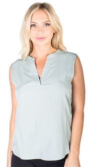 Ladies Plain Sleeveless Shirt