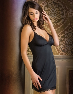 Italian made slip made from a super soft and smooth microfibre fabric with lace trimming on neck line and bottom of chemise