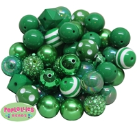 20mm Christmas and Emerald Green Mixed Bubblegum Beads 52pc