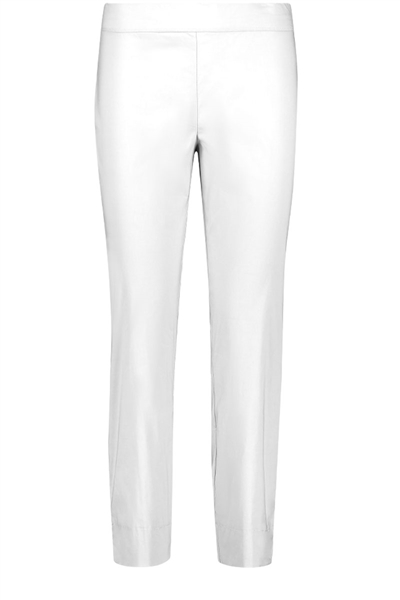 Foil stretch taper capri pant in white