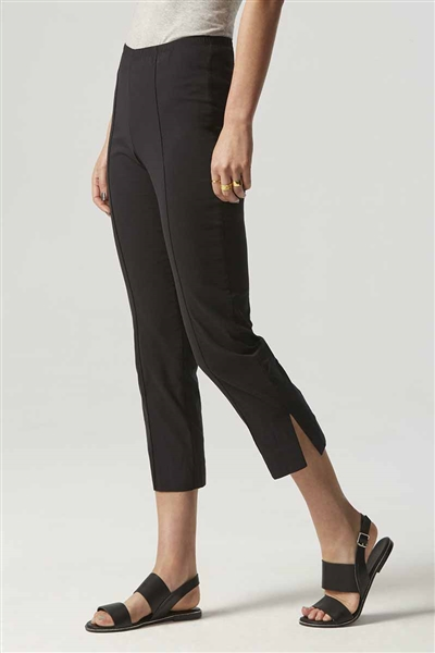 Verge Acrobat Stretch 7/8 Pant with side split in Black