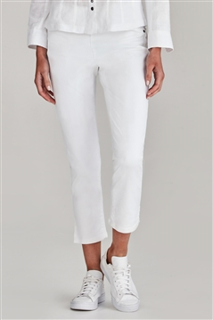 Verge 6658 white vanity capri jean in the super stretch cotton denim fabric with slim leg and pull on elasticised waistband