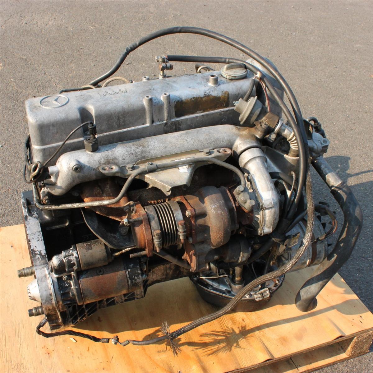 OM617 Turbo-Diesel Motor, Runs Great!