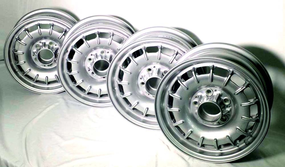 Mercedes Aluminum Alloy Bundt Wheel 14x6 Set Of 4 New Oe