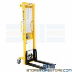 Manual Winch Lifter Mobile Backroom Lifter Winch Powered Light Duty Stacker