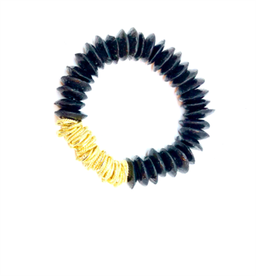 women's stretch bracelet with black glass beads and gold twisted discs