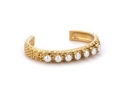 French Kande women's gold cuff bracelet with pearls