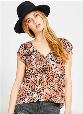 Gentle Fawn ladies casual short sleeve top in animal print