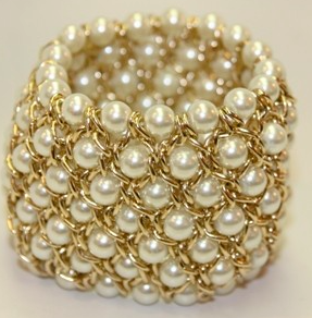 37row white faux pearl stretch bracelet