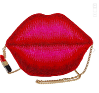 Beaded handbag in the shape of lips with a gold chain strap