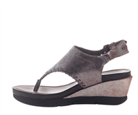 leather wedge sandal in silver