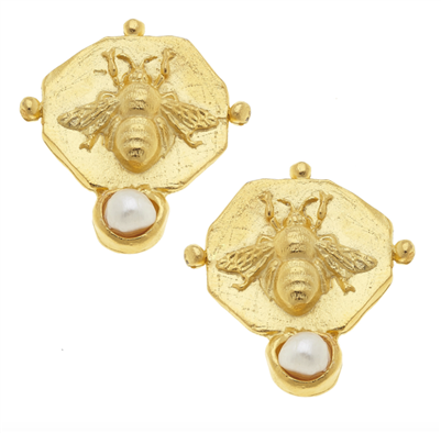 24K gold plate post earrings with bee and pearl