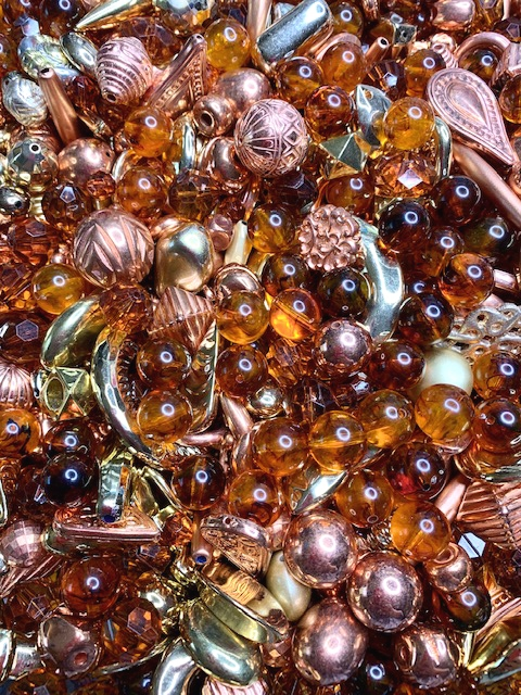 BD02271, Root Beer Fizz Bead Mix, Mixed Metals, designer lucite beads, vintage lucite beads, metal beads, copper beads,gold beads, amber beads, vintage beads, limited edition, one of a kind, chunky beads, large mixed beads,B'sue Boutiques