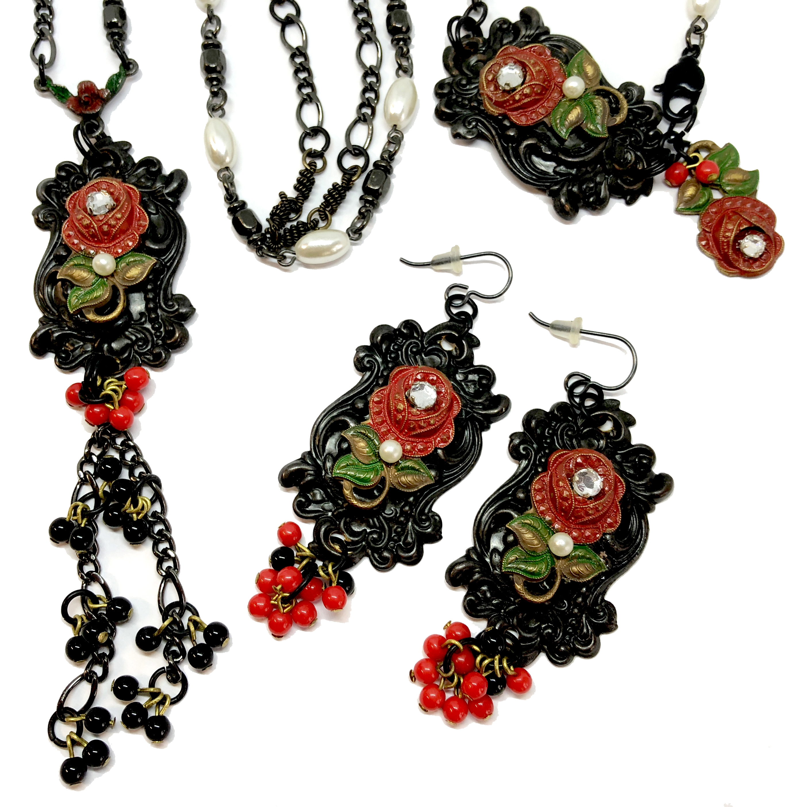 Parure Set, Necklace, Bracelet, Earrings, 05359, coil chain, brass red rose, bsue boutiques, college necklace, necklace making, jewelry making, jewelry set, red bead college, bsue boutiques, 3 piece jewelry set, antique black, brass rose jewelry set