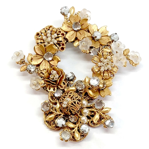 floral wreath brooch, B'sue Jewelry, 07263,  bsue jewelry, vintage jewelry, nickel free jewelry, US made parts, imitation crystals, imitation pearl seed beads, handmade brooch, hand-wired brooch, Miriam Haskell style jewelry, Russian Gold Plate