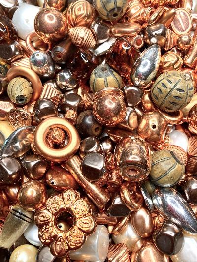 BD02412, copper medley bead mix, big beads, bead mix, designer beads, focal beads, vintage beads, horn beads, bone beads, carved bone beads, acrylic beads, vintage plated beads, copper beads, silver beads, B'sue Boutiques, limited edition, large beads