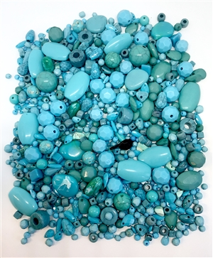 assorted beads, acrylic designer beads, assorted, turquoise mix, aqua, green, blue, turquoise, faceted, rounds beads, faceted beads, tear drop beads,  assorted sizes, 04937