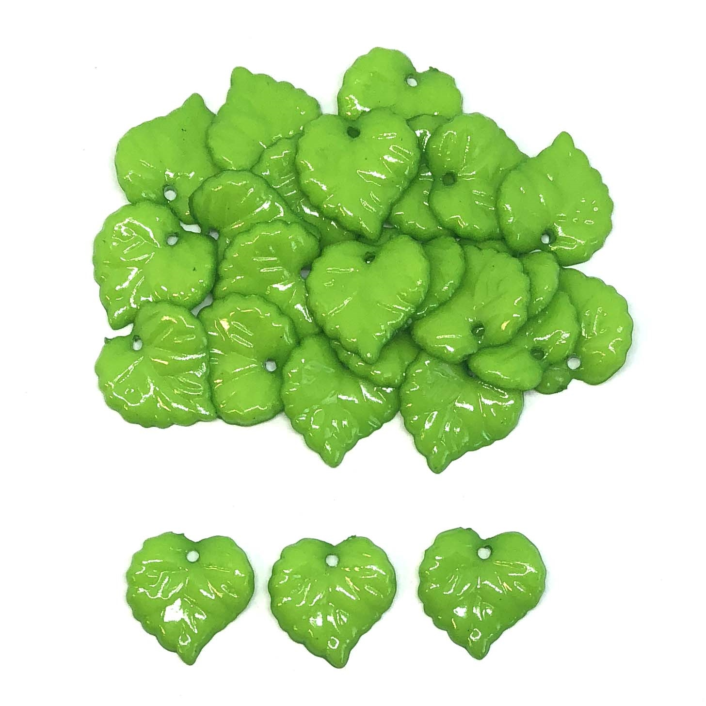 acrylic leaf pendants, leaf charms, yellow green, plastic leaves, 16mm, vintage supplies, jewelry making, jewelry supplies, jewelry findings, B'sue Boutiques, 08343, leaves