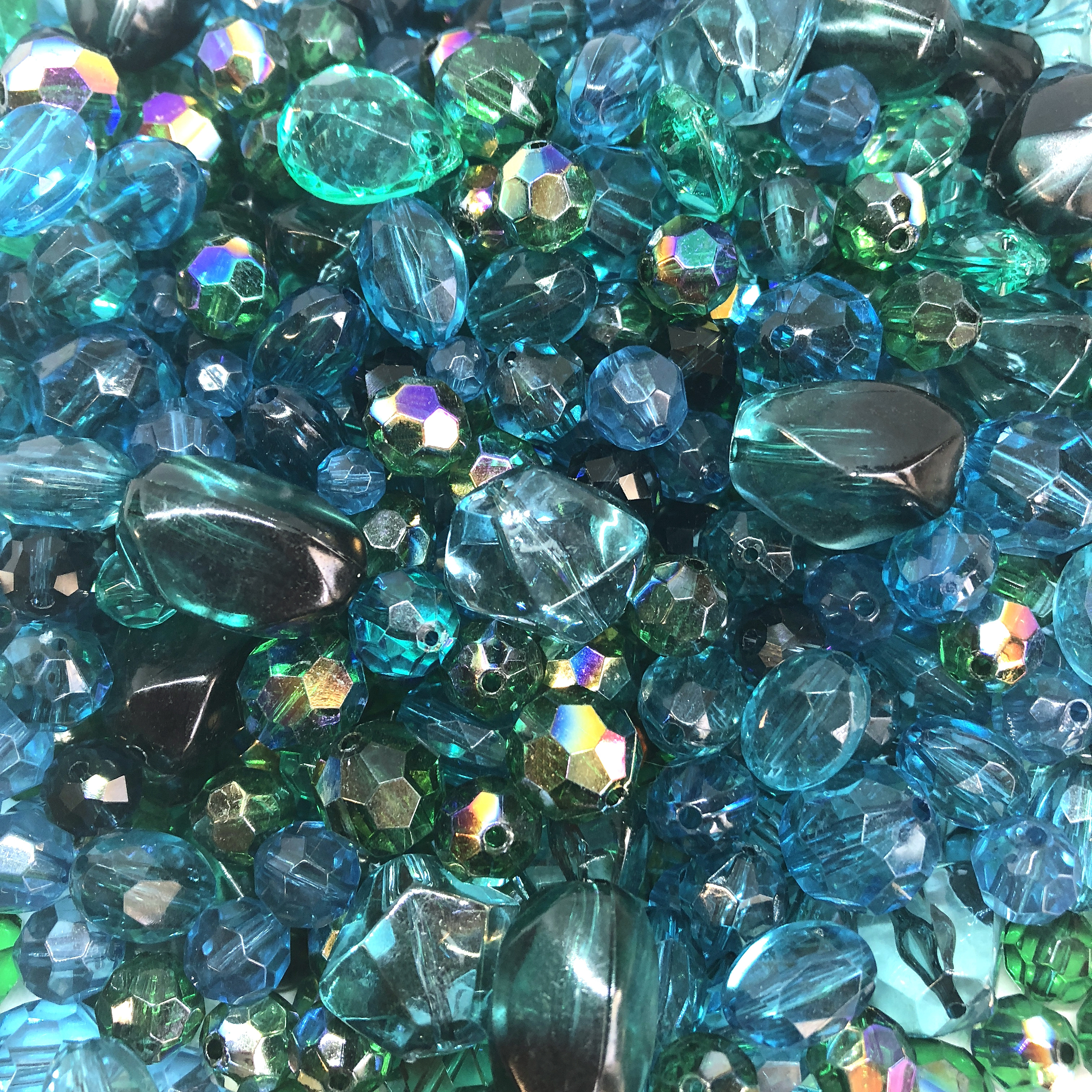indicolite bead mix, assorted beads, 08362, mixed beads, mixed colors beads, acrylic beads, designer quality, designer beads, fashion beads, vintage fashion, peacock green, teal beads, briolettes, B'sue Boutiques, vintage acrylic beads, bag of beads