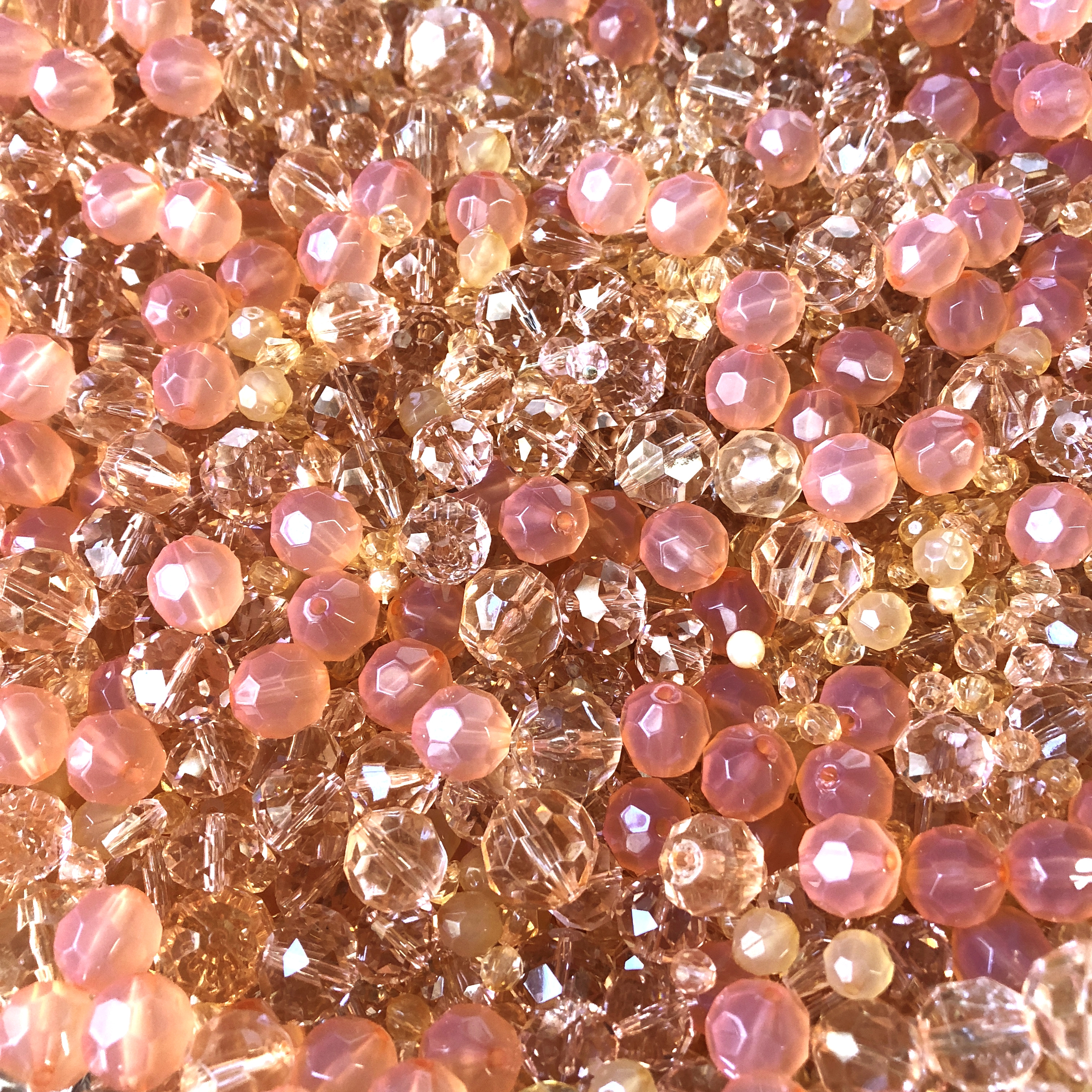 vintage bead mix, just peachy, 08364, peach,  pink, golden beads, assorted beads, designer acrylic beads, one of a kind, acrylic mixed beads, B'sue Boutiques, bead mix, peaches, peach beads