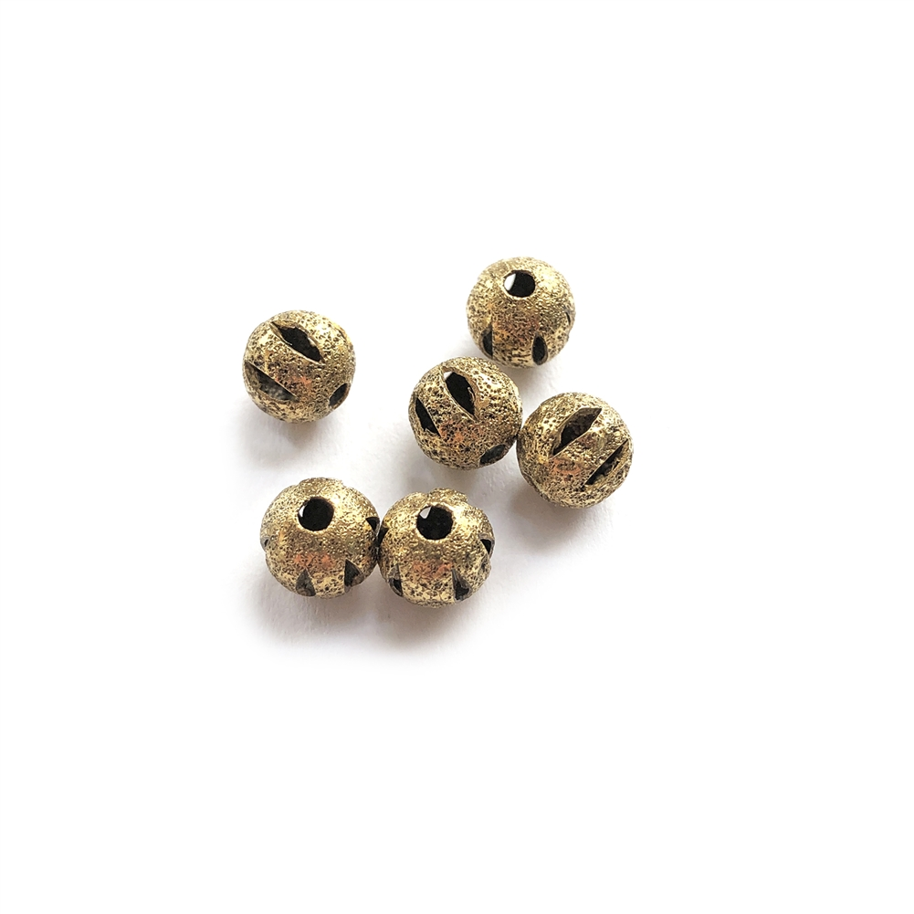 argyle style beads, round, 6mm, classic gold finish, brass beads, industrial beads, metal beads, beads, filigree beads, designer findings, designer beads, steampunk, vintage supplies, jewelry making, B'sue Boutiques, gold finish, gold, gold beads, 088