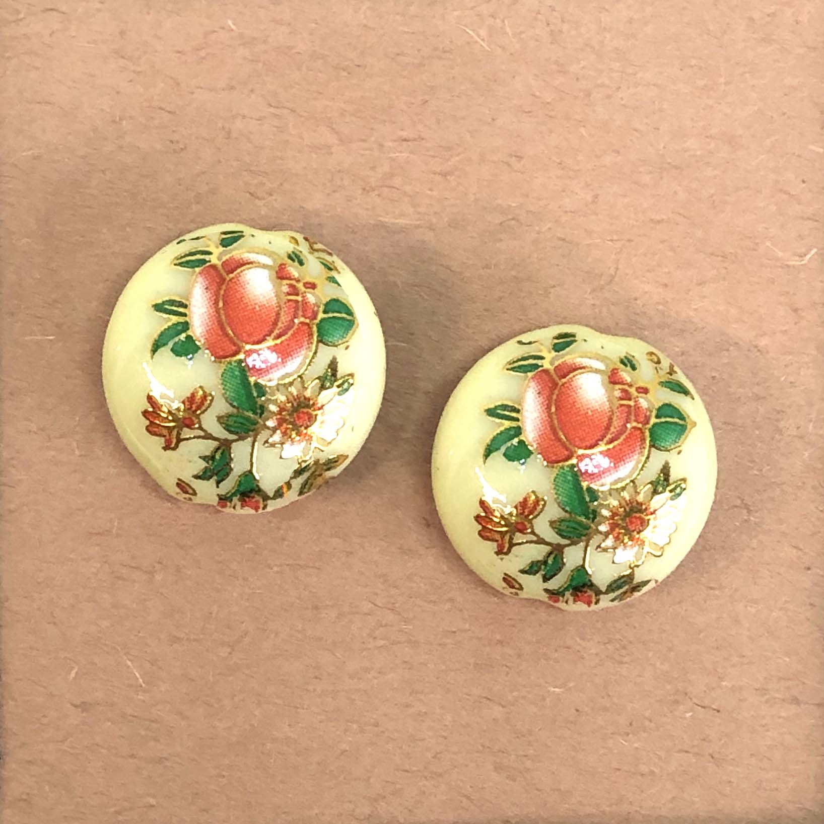 Japanese Tensha beads, painted acrylic beads, beads, 08877, B'sue Boutiques, drilled beads, drilled, vintage jewelry supplies, jewelry making, 16mm, rose flower pattern, rose, cream beads, Tensha beads, vintage beads