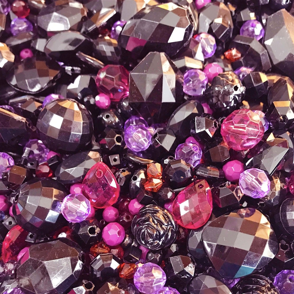 vintage bead mix, black amethyst, 0895, acrylic, machine cut beads, pink beads, bead mix, assorted beads, bead assortment, mixed colors of beads, B'sue Boutiques, amethyst beads, briolettes, bicone beads, chunky beads, black beads
