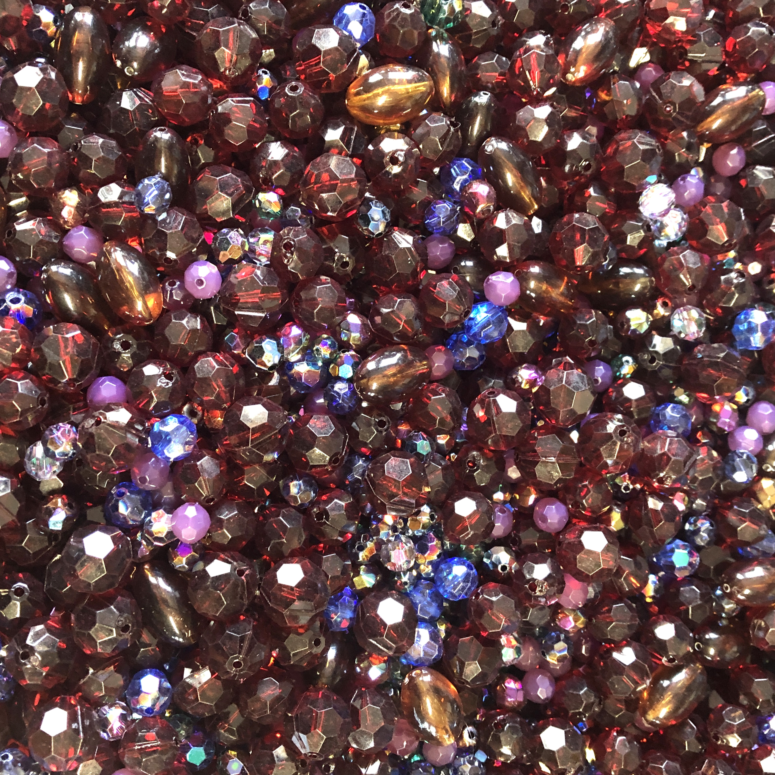vintage bead mix, rich claret, 09555, acrylic, machine cut beads, ab beads, bead mix, assorted beads, bead assortment, mixed colors of beads, B'sue Boutiques, wine colored beads, burgundy, maroon, beads