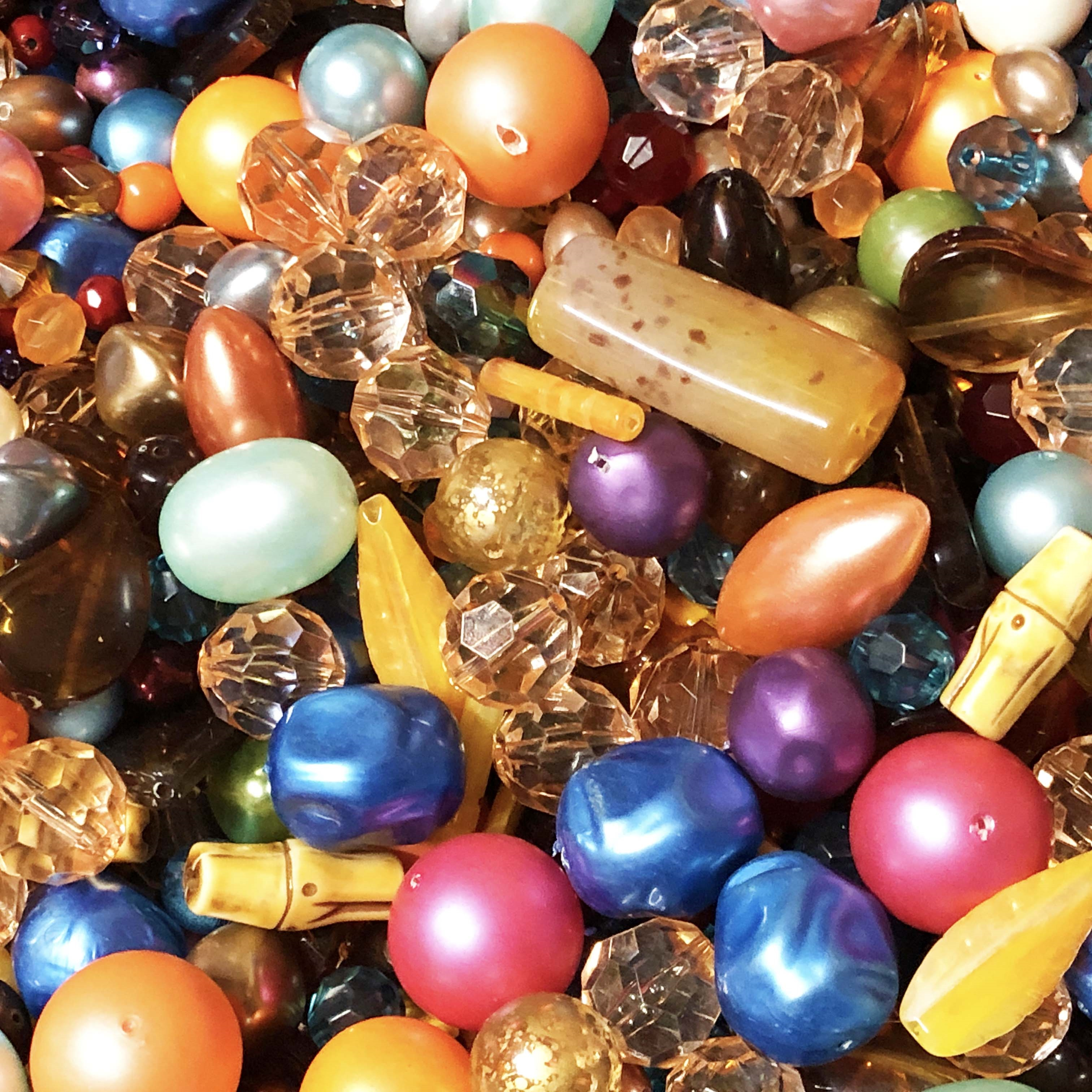 funky town bead mix, assorted beads, 09807, mixed beads, mixed colors beads, acrylic beads, lucite beads, wood style beads, fashion beads, vintage fashion, amber, teal beads,  B'sue Boutiques, vintage acrylic beads, bag of beads