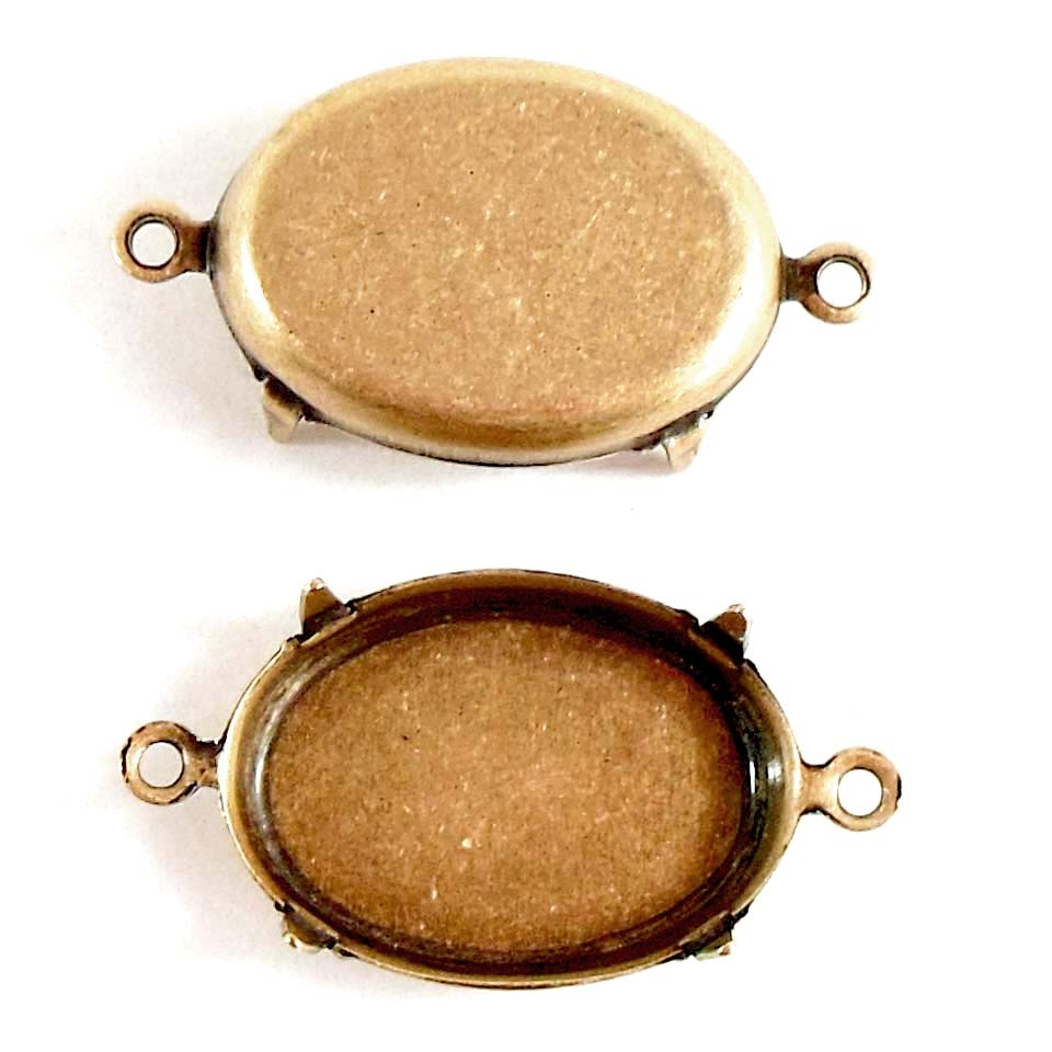 Brass bezel, four pronged design, bezel connector,