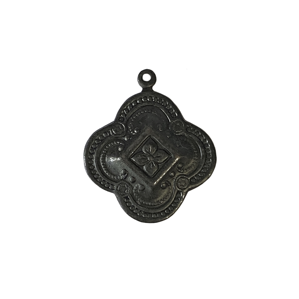 Victorian charm, matte black, ebony brass, floral charm, charm, Victorian design, US-made, 27x23mm, drop, jewelry charm, floral design, jewelry making, jewelry supplies, jewelry findings, vintage supplies, black, brass stamping, B'sue, 02708
