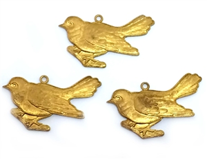 Vintage Bird Pendant, 3 Piece, Bird Stampings, Pendant Style, Vintage Patina Brass, Jewelry Making, Vintage Supplies, 18x28mm