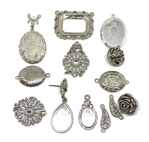 assorted lockets and castings, beads, silver, old silver, pewter cast charms, cast pewter beads, pendants, cast connectors, vintage jewelry supplies, jewelry making, jewelry supplies, vintage supplies, US made, nickel free, B'sue Boutiques, 05482