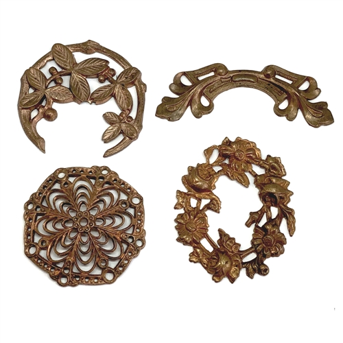 vintage floral wreaths, floral swags, gingerbread patina brass, 06489, vintage jewelry supplies, jewelry making supplies, bsueboutiques, brass flowers, nickel free jewelry making supplies, bsueboutiques, brass findings, patina brass,
