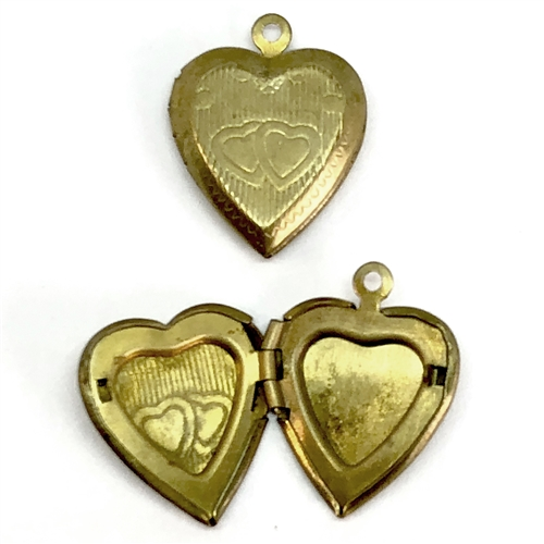 Vintage Heart Lockets, double heart, patina, 07165, vintage lockets, jewelry making supplies, vintage jewelry supplies, patina brass, double heart locket, brass lockets, side hinge lockets,