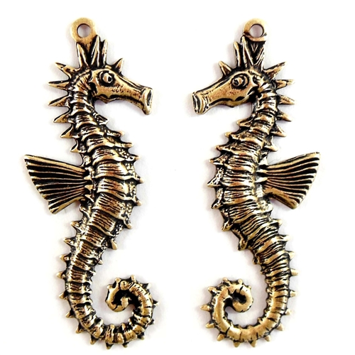 brass seahorse,beach jewelry, jewelry making,07728, B'sue Boutiques, nickel free jewelry, US made jewelry, vintage jewellery supplies, jewelry making supplies, brass charms, beach charms, seahorse pairs, brass ox, antique brass,