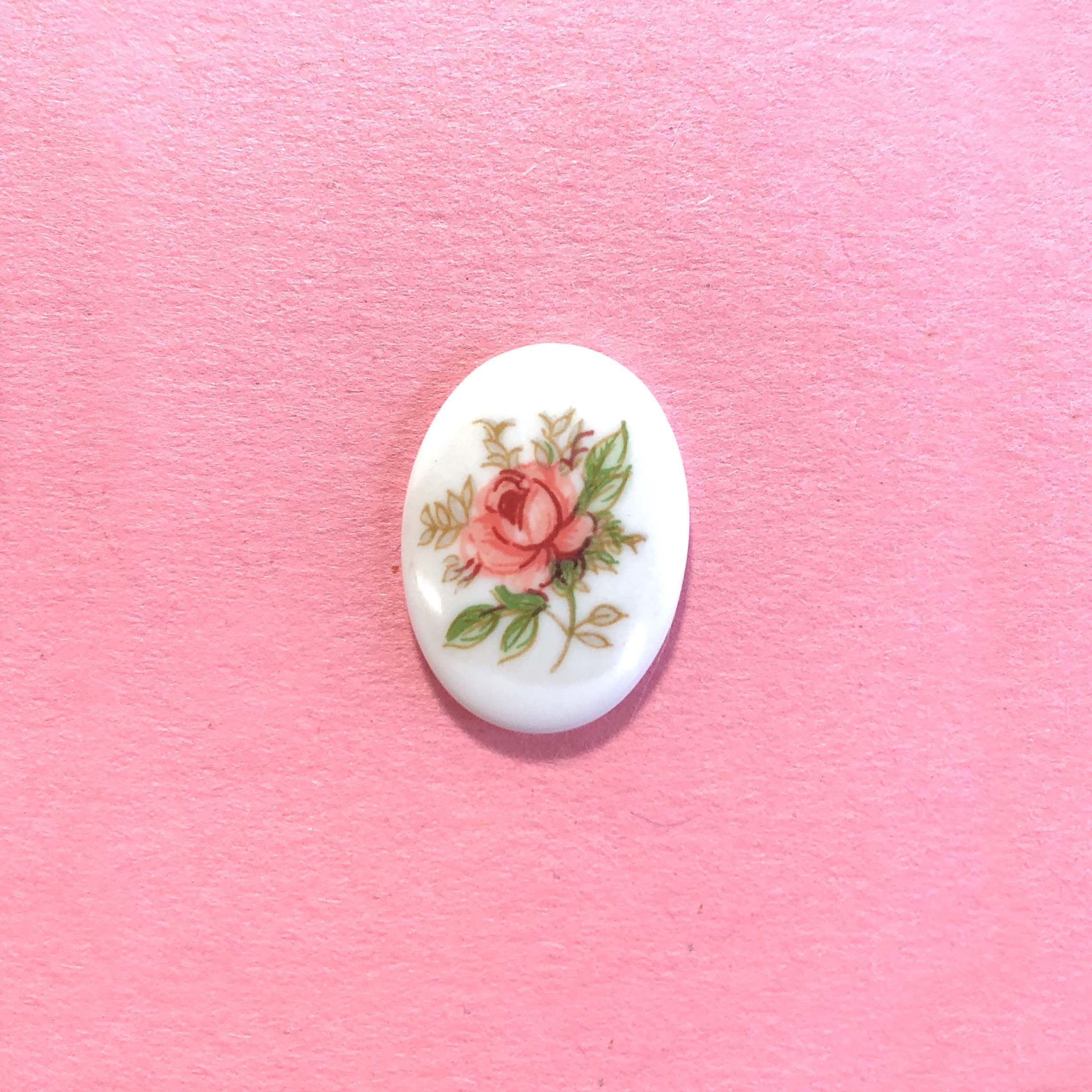 cameo, porcelain, rose cameo, pink, 18 x 13mm, 04306, floral cameo, rose flowers, vintage jewelry supplies, jewelry making supplies, porcelain cameos, pink flowers,