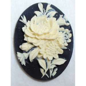 Cameo, Floral Bouquet Cameo, Imported Resin, 40 x 30mm