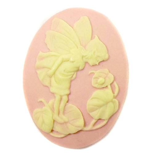 09431, B'sue Boutiques, cameo, fairy jewelry making supplies, vintage jewelry supplies, fairy jewelry, jewelry findings,cameo, fairy cameo, cornelian and pink, 40 x 30mm,