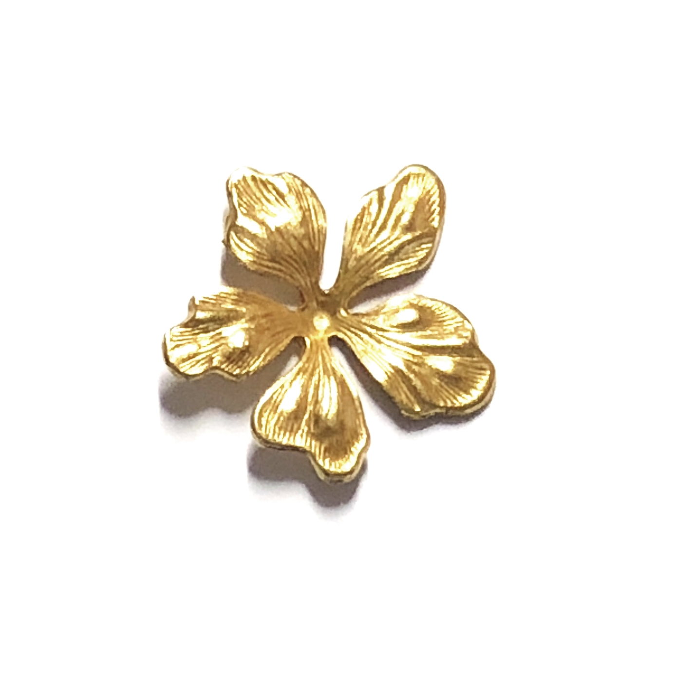 brass leaves, dogwood leaves, 08454, vintage jewelry supplies, jewelry making supplies, US made jewelry supplies, nickel free jewelry supplies, classic gold leaves, antique gold leaves, leaf jewelry supplies