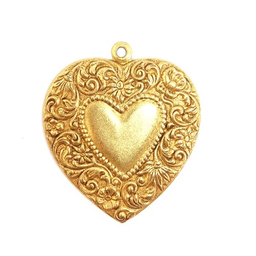 brass hearts, heart charms, jewelry making, 08479, classic gold, cinnamon accents, B'sue Boutiques, nickel free, US made, jewelry making, jewelry supplies, vintage jewelry supplies, heart blank, heart pendants, floral heart charms