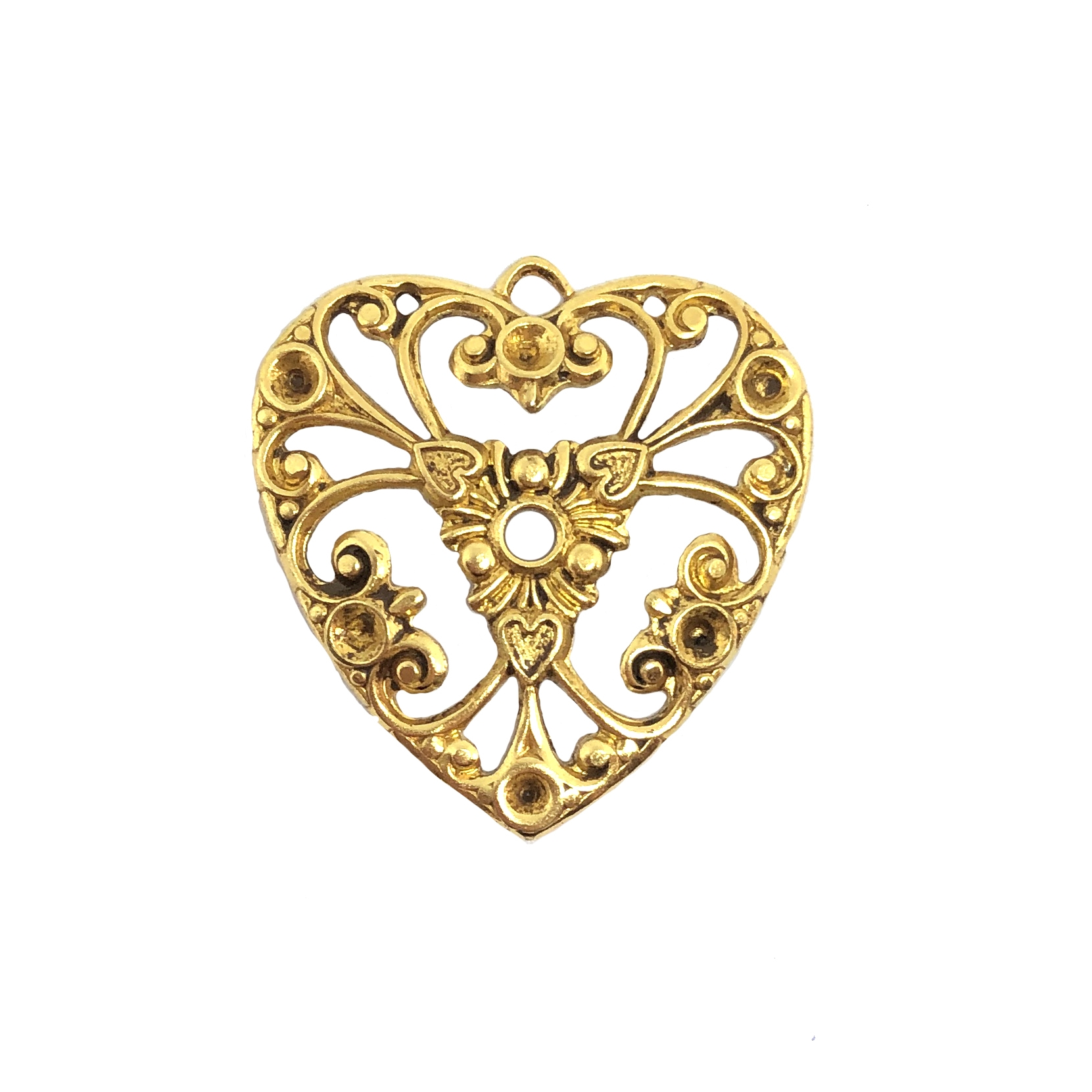 filigree heart charm, classic gold, pendant, plated brass, filigree, heart, charm, stone sets, brass stamping, heart filigree, brass, us made, nickel free, B'sue Boutiques, 27x26mm, jewelry making, jewelry supplies, vintage supplies, 09749
