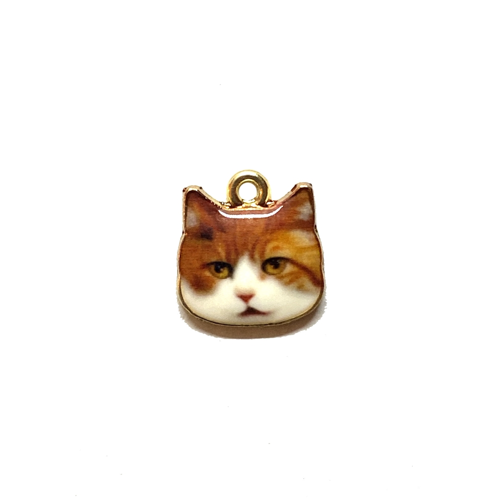 cat charm, kitty charm, enamel charm, 3095, gold plated, kitty face, cat face, realistic animal charm, animals, critters, cats, kittens, charms, B'sue Boutiques, jewelry findings, jewelry making supplies